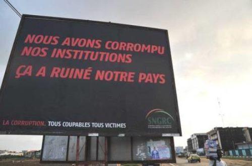 Article : Côte d'Ivoire : quand des arnaqueurs jettent leur dévolu sur les corrompus